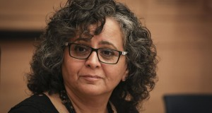 النائبة عايدة توما : قتل النساء قضية مجتمع وليست قضية عائلية